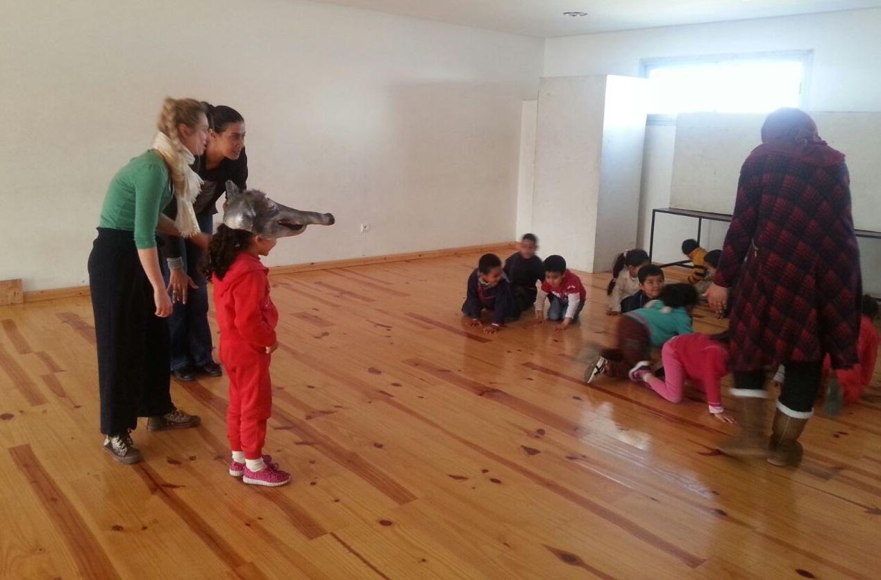 Initiation au théâtre pour les enfants de Bernoussi